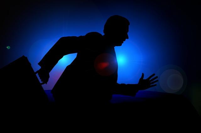 Pengertian asas nullum delictum dan asas-asas yang mendasari berlakunya hukum pidana