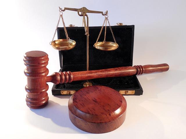 Sistematika hukum tata negara